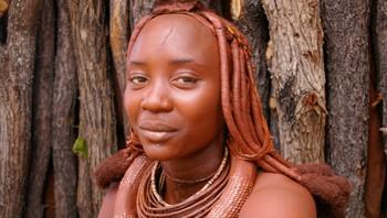 Himba-kvinne i Namibia