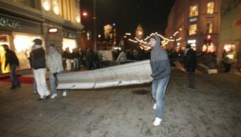 Demonstranter på Karl Johan