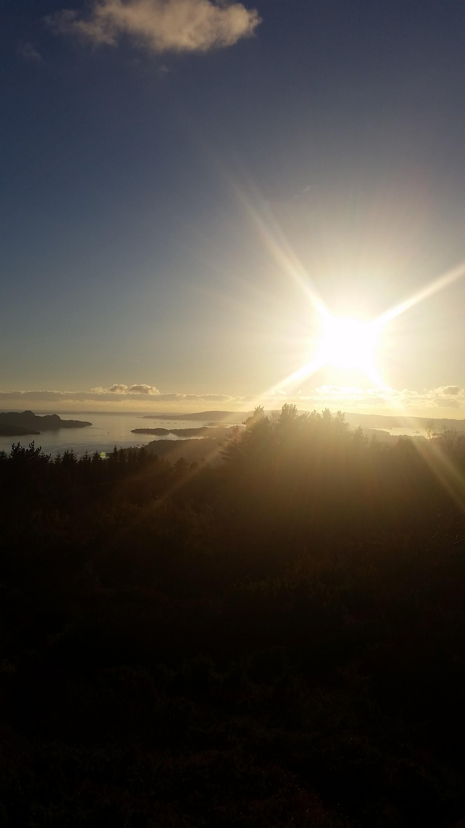 Smørsåsfjellet i Fana, utsikt over Fanafjorden.