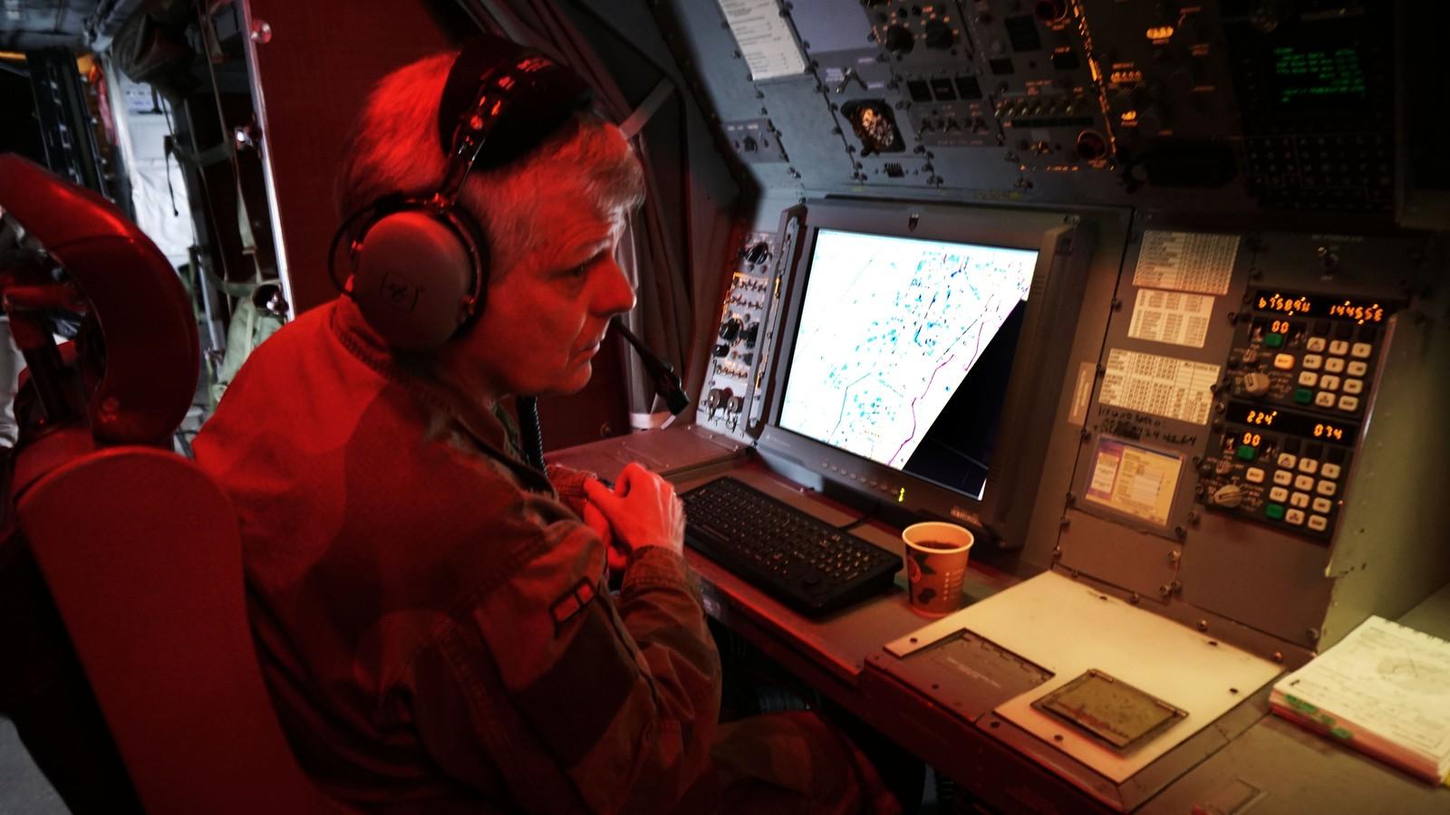 Tokt er arbeid, og arbeidet på Orion er å oppdage og kontrollere fartøy.