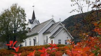 Snillfjord kirke