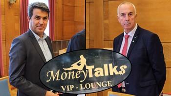 Money Talks-saka