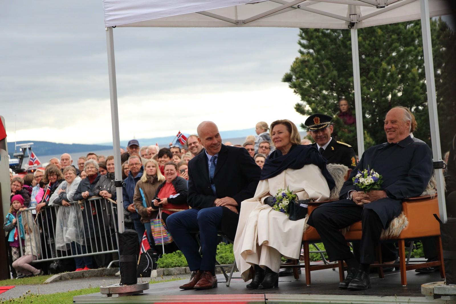 Kongeparet fikk et godt innblikk i kulturlivet i Gjøvik.
