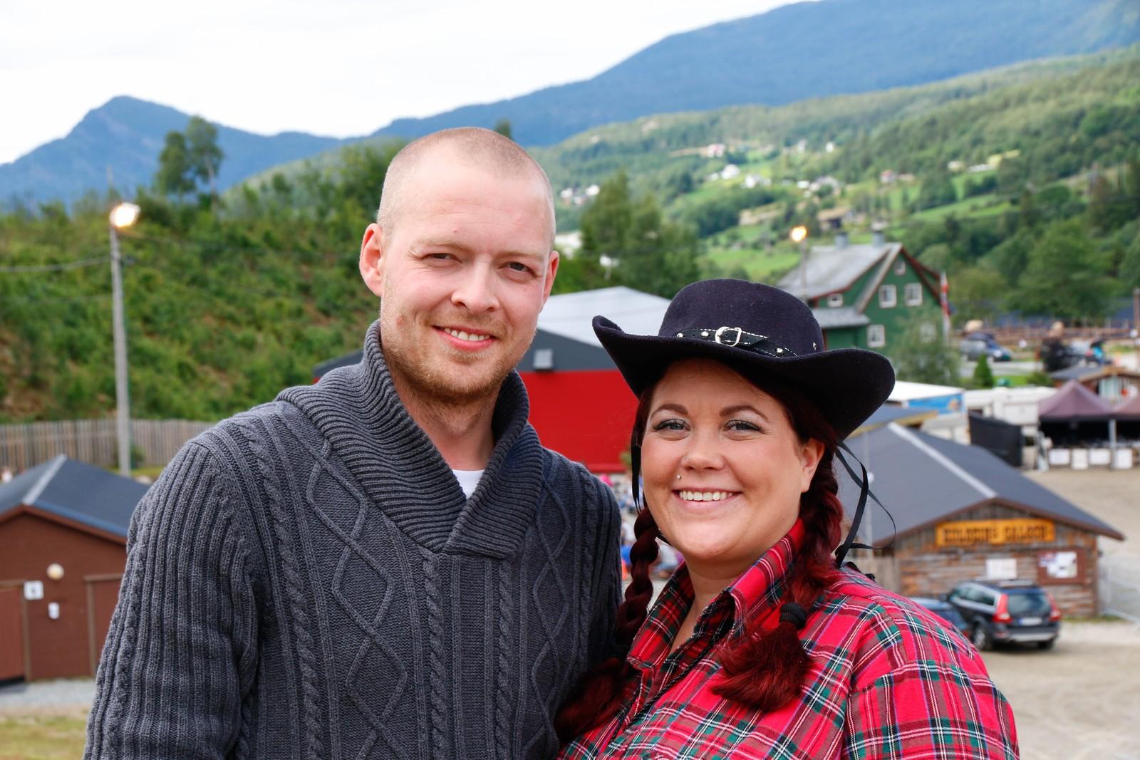 Nygifte Remi Andre og Kristine Børnes.