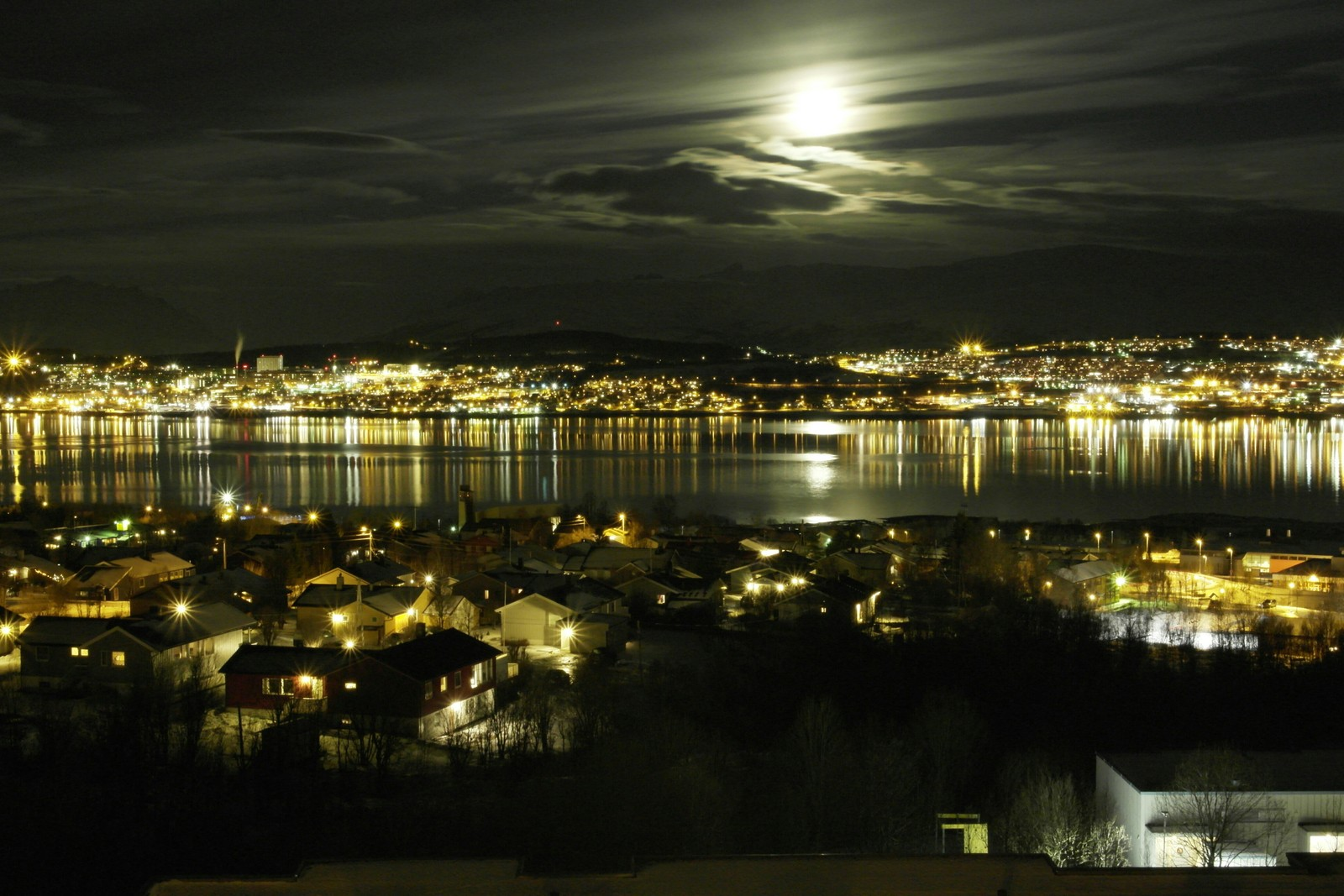 Bildet er tatt fra Malmvegen i Kroken, Tromsø.