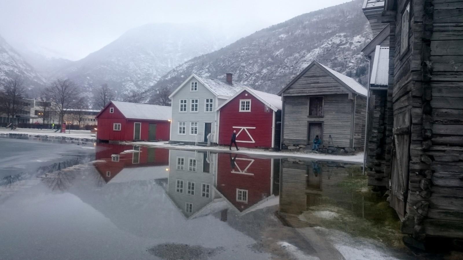 Flod i Lærdal