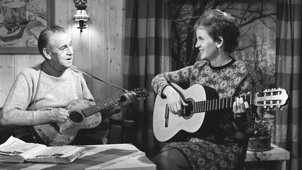 Birgitte Grimstad - 12 Nye Viser - Viser Er Så Meget