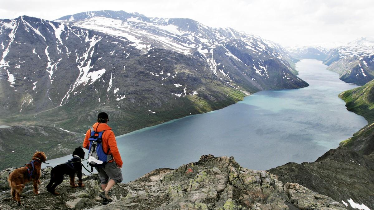 VELGER Norge: Nordmenn dropper utenlandsreisen i sommerferien, og legger den heller til høstferien.