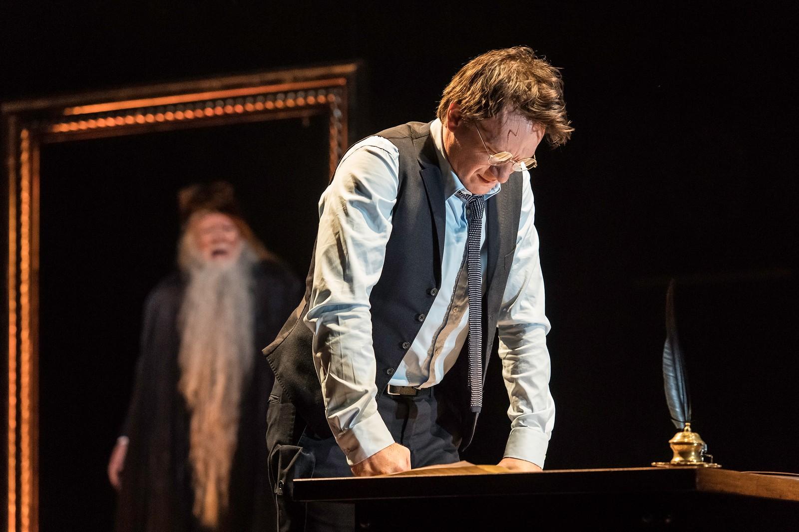 GODE ANMELDELSER: Teaterstykket «Harry Potter and the Cursed Child» har fått svært gode anmeldelser i britiske medier.