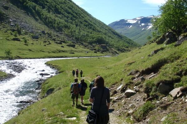 På tur til Baalsrudhula i Manndalen -  Foto: Hugo Tingvoll