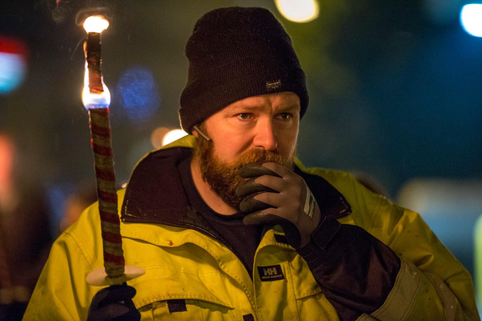 Ole Erik Thingnes, som også protesterte i februar, var også i fakkeltoget.