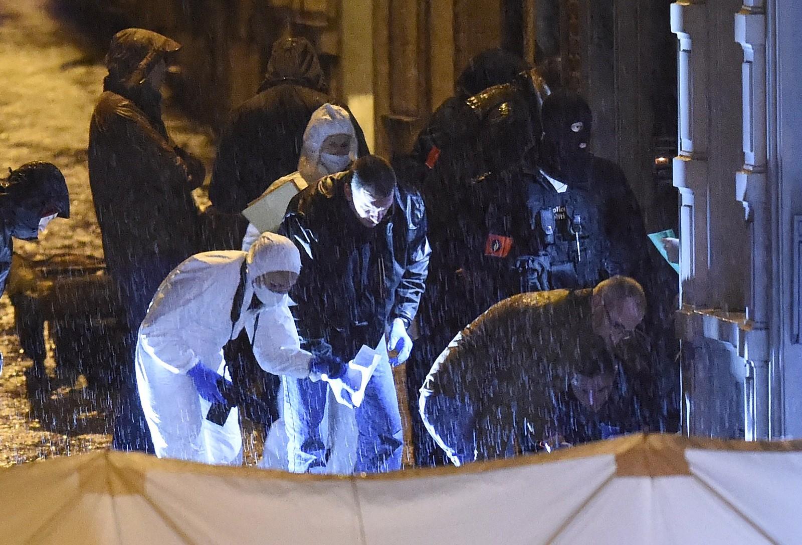 Politiet har aksjonert mot flere steder i Belgia torsdag, blant annet i Brussel. Aksjonene pågår fortsatt torsdag kveld.