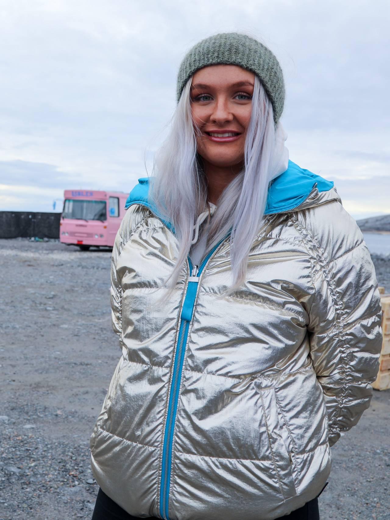 Sara Landaas er russepresident for Bodin vidaregåande skule og har vore med å arrangere årets russecamp på Langstranda i Bodø.
