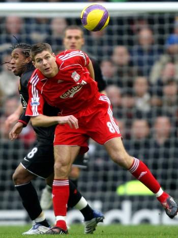 Steven Gerrard og Nani
