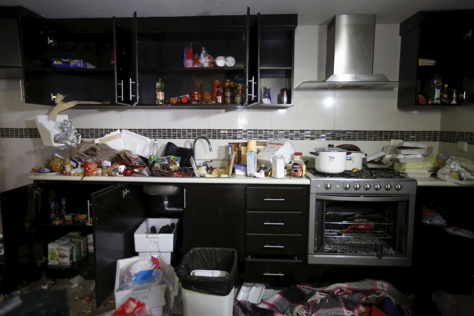 Kjøkkenet i huset der fem personer ble drept.