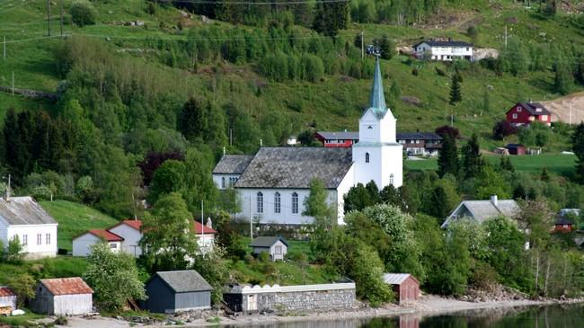 Breim kyrkje. (Foto © Ottar Starheim, NRK)