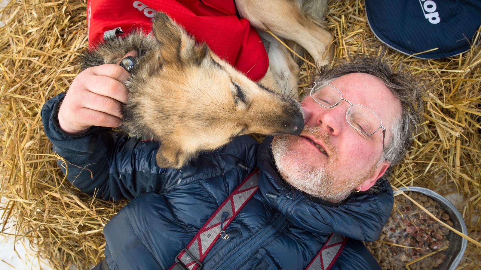 Han har vært fast inventar på Finnmarksløpet i mer enn 15 år, og har kjørt verdens lengste hundeløp Iditarod. Dag Torulf Olsen fra Hammerfest kjører sitt aller siste Finnmarksløp i år.