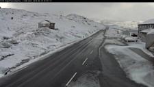 SNØ: Slik såg det ut på Sognefjellet like etter kl. 07 i dag tidleg.