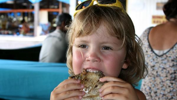 Johanne er fem år og hennes største ønske er å lære og svømme. Hun forlater alle vennene sine i barnehagen for å reise til Brasil hvor hun blir kjent med et helt nytt land. Norsk serie.