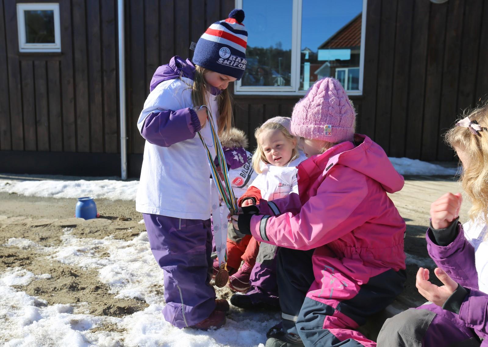 VM i skiskyting i Nesjane barnehage.