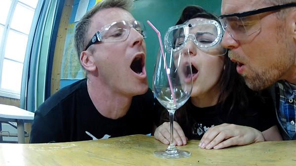 Får de glasset til å sprekke?