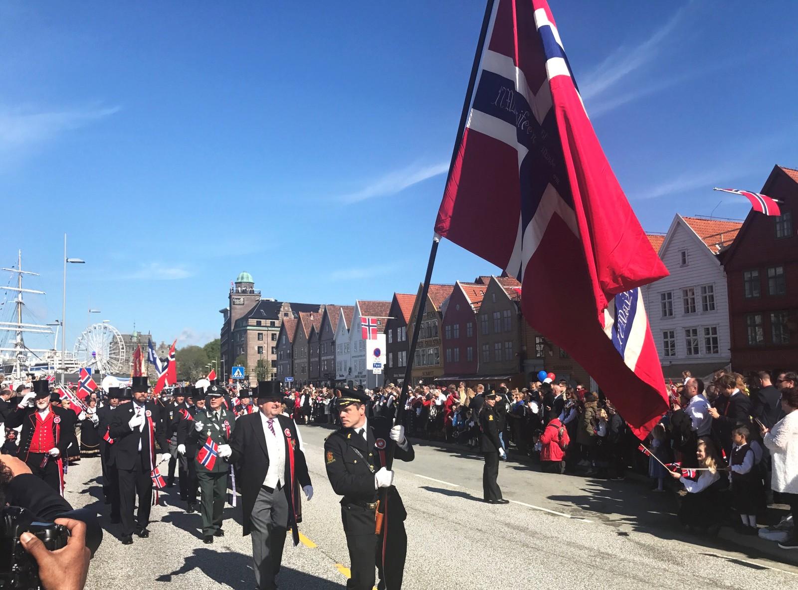 Hovedprosesjonen i Bergen.