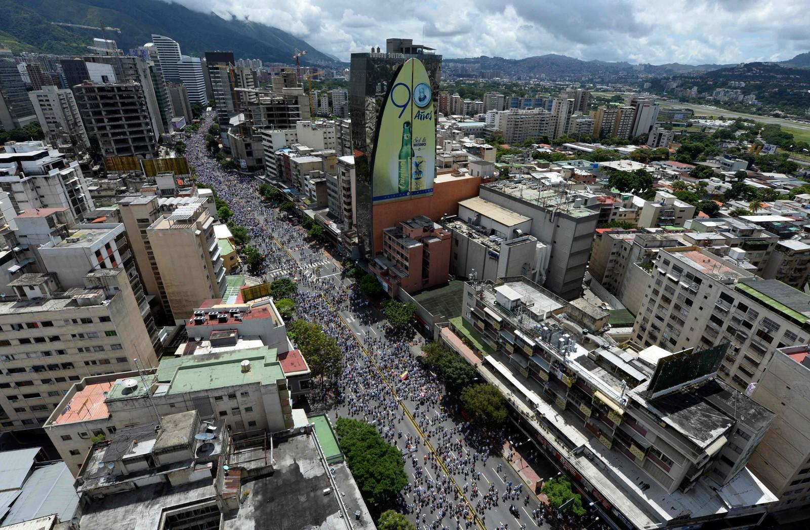 Opposisjonen hadde på forhånd håpet at over 1 million mennesker ville komme til å delta i demonstrasjonen.