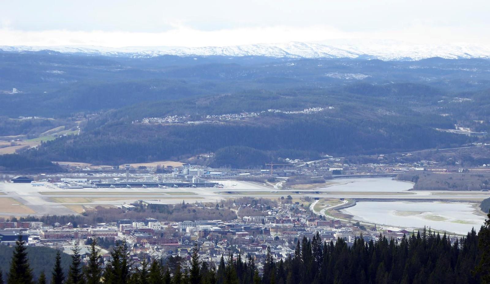 Utsikt over Stjørdal med Gevingåsen bak