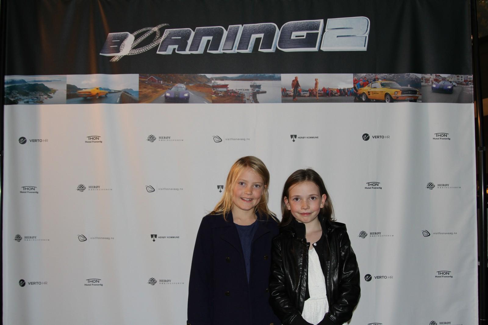 Aurora og Kamilla har gledet seg til å se filmen.