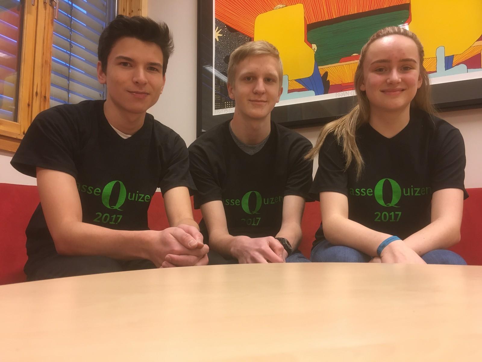 Daniel Alexander Bjørshol, Sivert Aaseth og Rikke Skåle fra Løten ungdomsskole fikk ni poeng.
