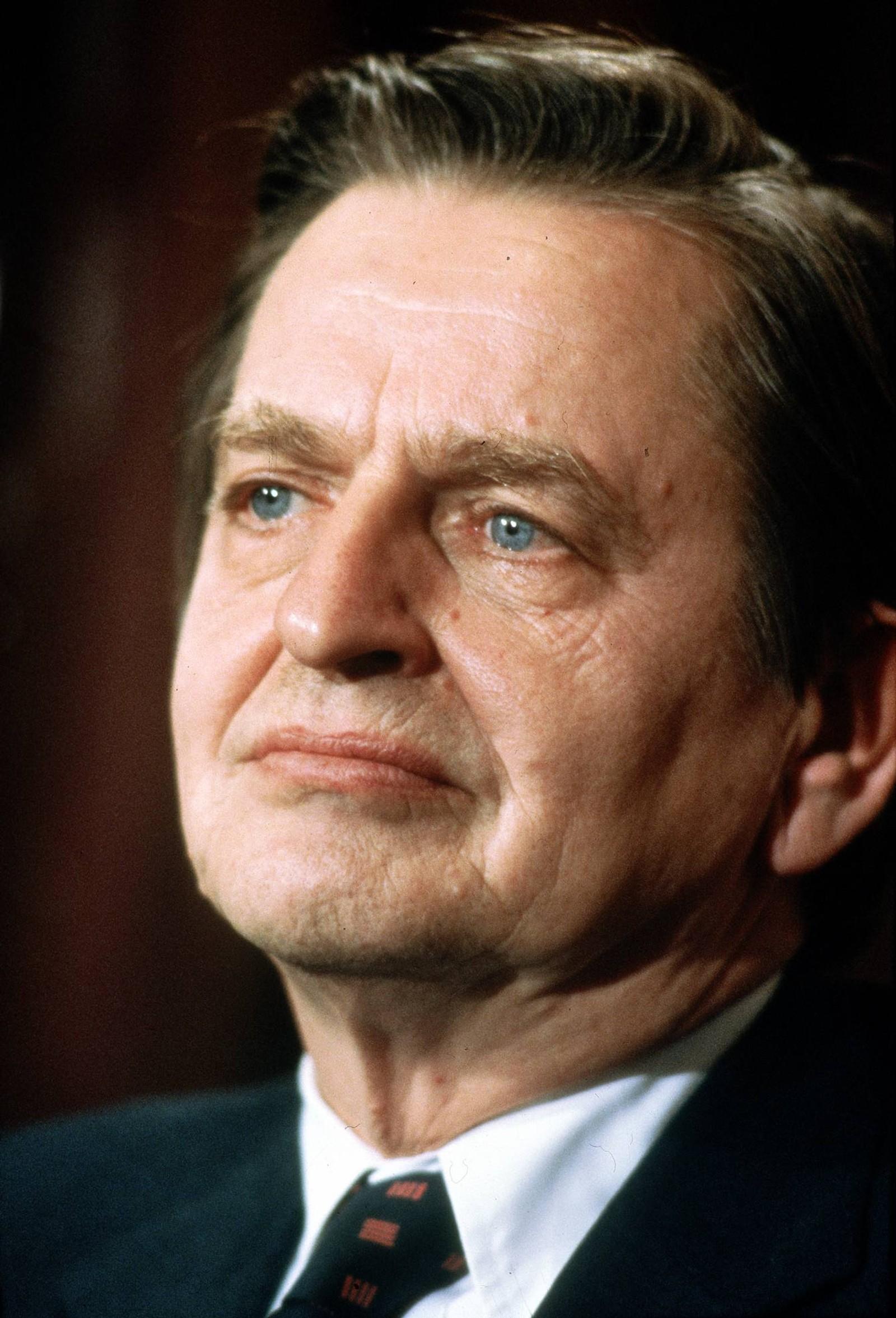 Statsminister Olof Palme avbildet under et besøk i Norge i 1983.