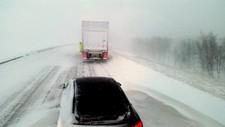 – Jeg har aldri sett så dårlig vær her oppe ved Sørelva, sier melkebilsjåfør Bjørnar Solvoll, som står og stanger i køen på E6 på Saltfjellet.