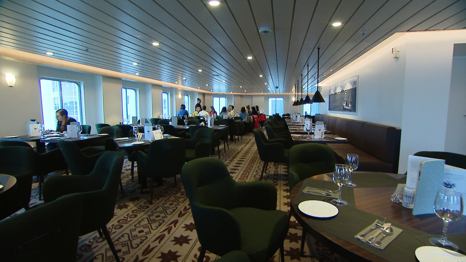 Restauranten ombord i «Kong Harald».