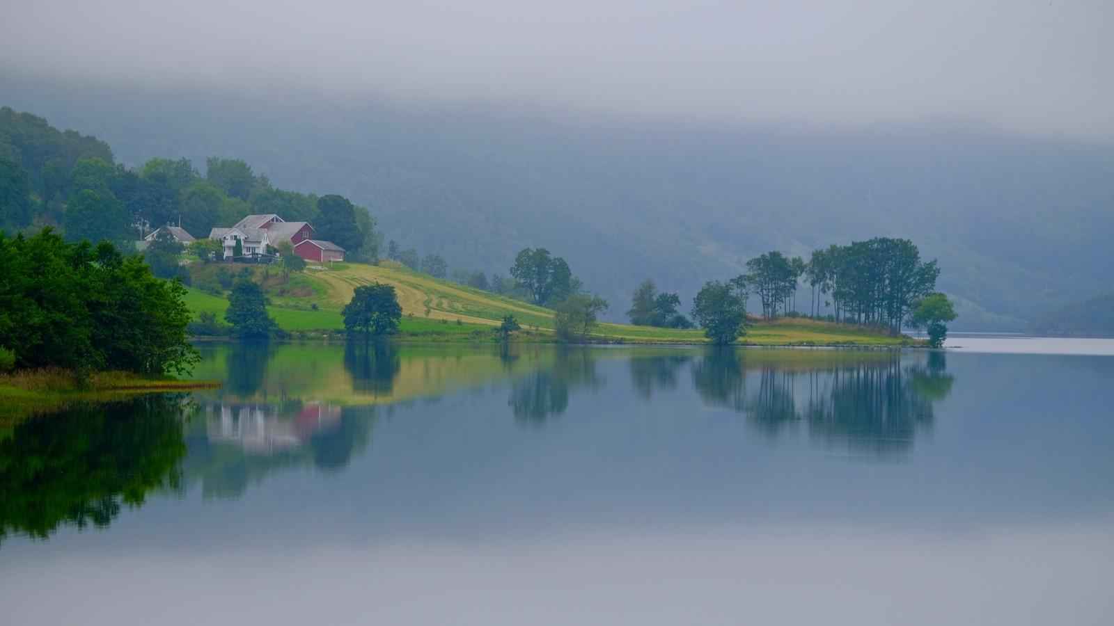 Gjerdesdalsvatnet i Vindafjord.