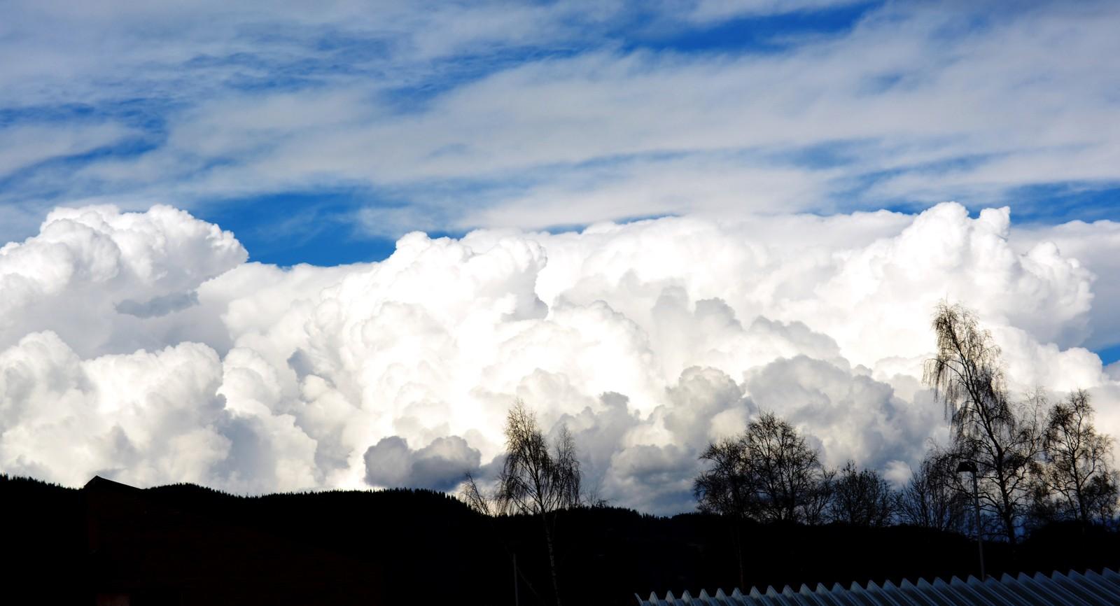 Skyer over Orkanger