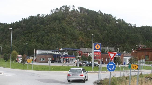 Statoilstasjonen på Krokane. Foto: Kjell Arvid Stølen, NRK.