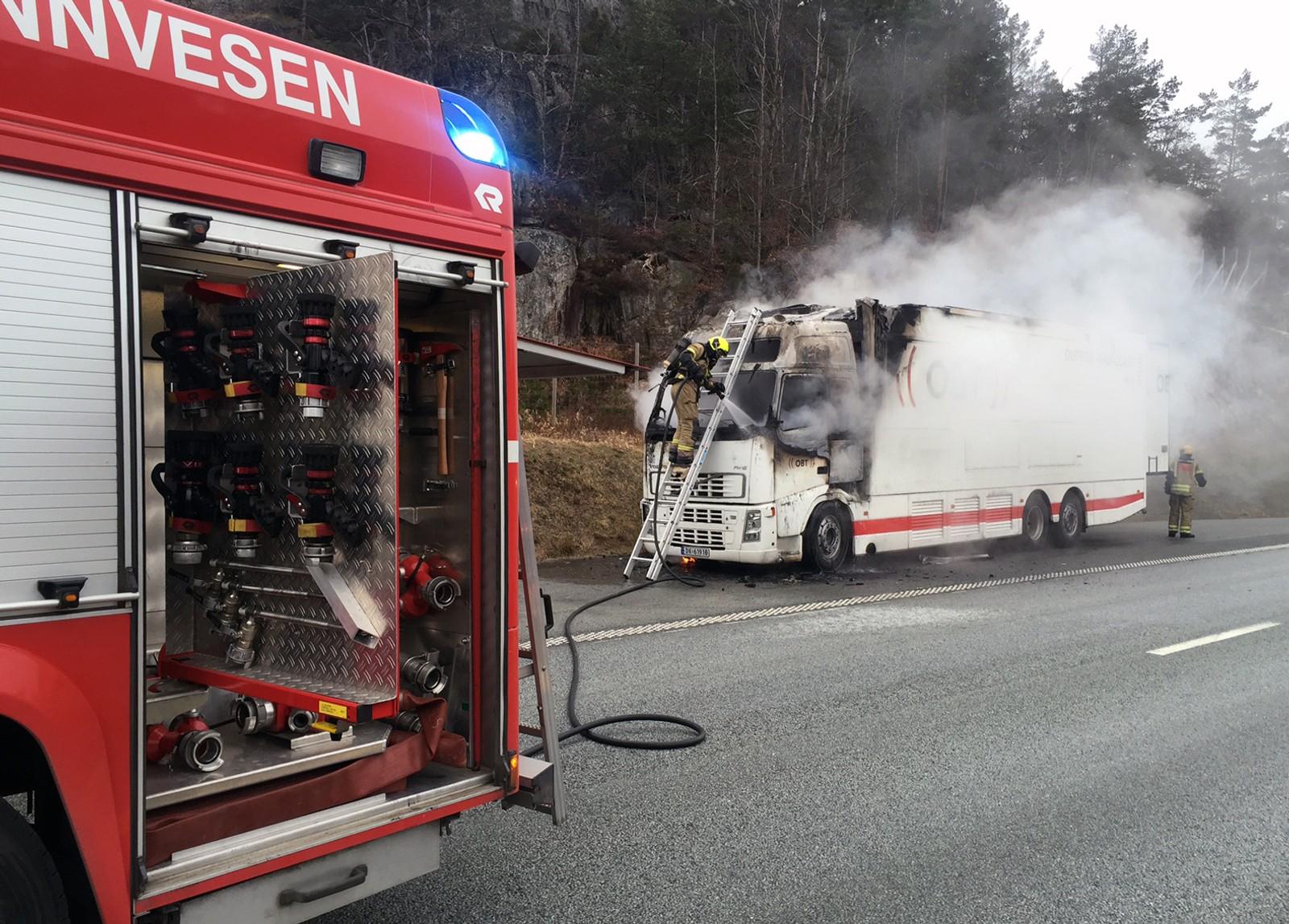 Brann i OB-buss