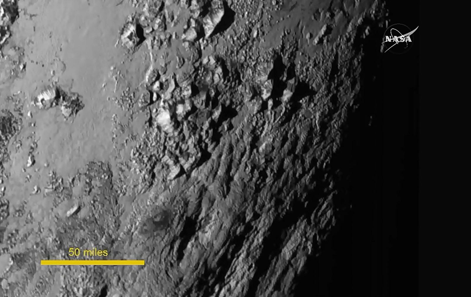 Dette skal være det første nærbildet av Plutos overflate.