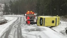 Ambulanse av veien Kolvereid - Foto: Tipser