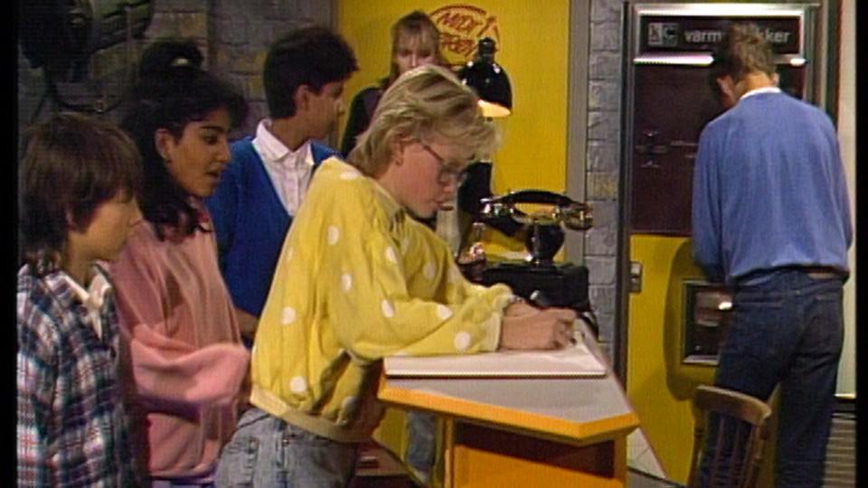 Midt i smørøyet 1988