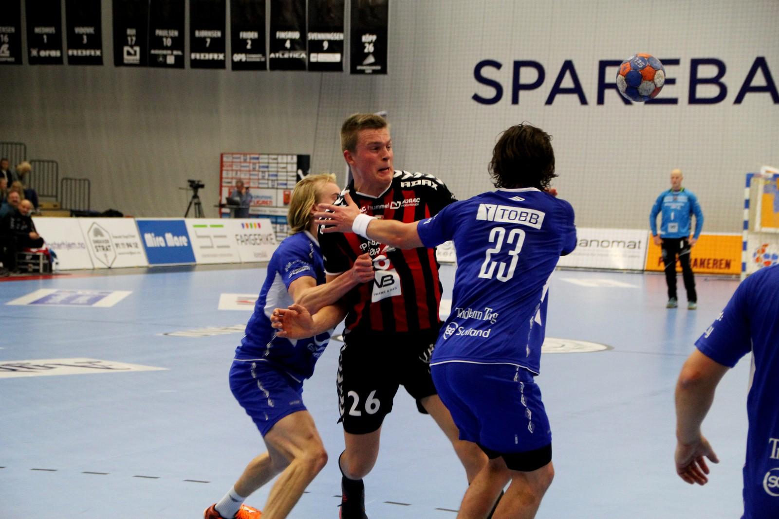 Eirik Köpp utfordrar Kolstad-forsvaret.