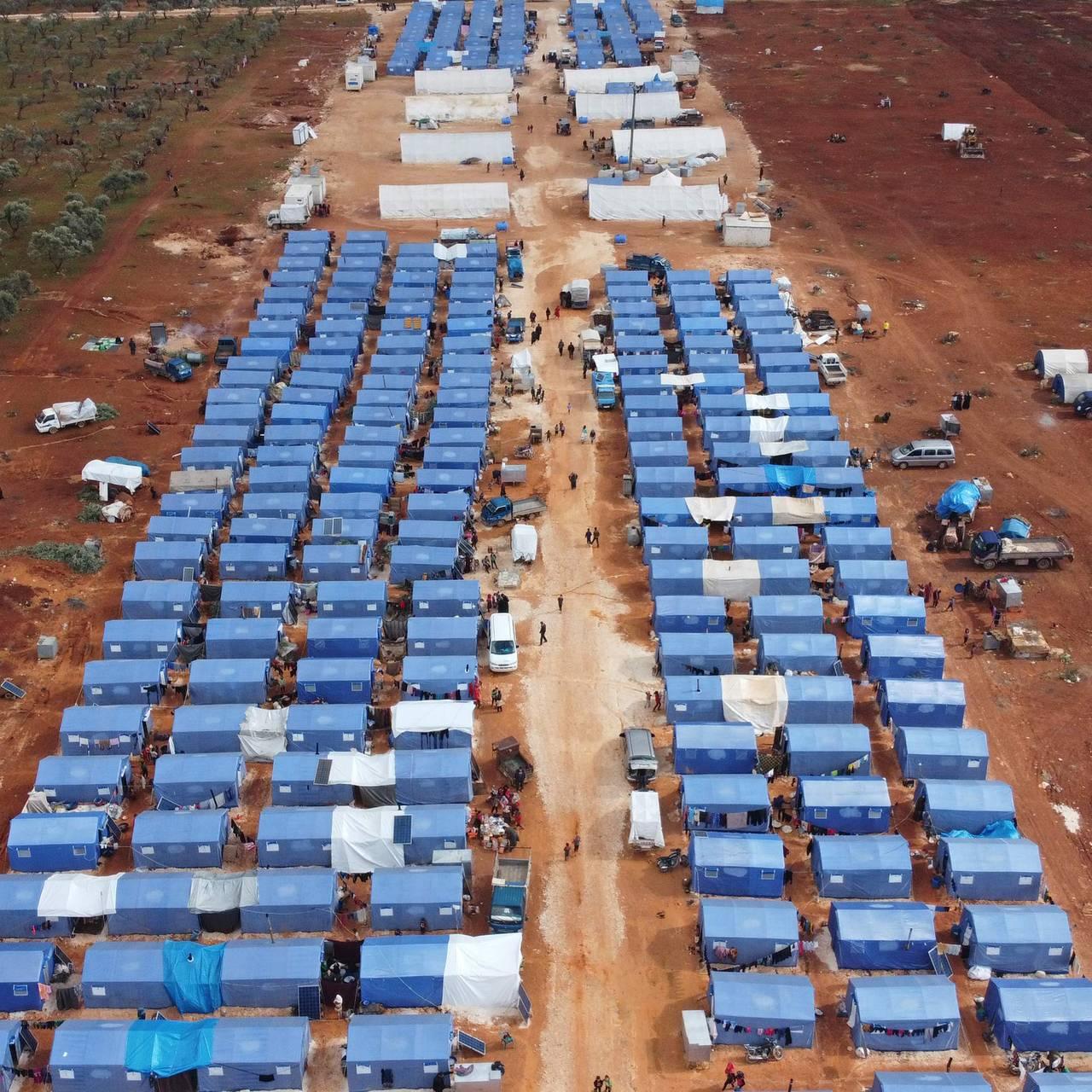 Et oversiktsbilde av en flyktningleir i Syria i Idbli-provinsen.