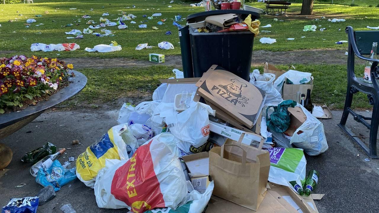 Søppel i parken på Sankthaugen