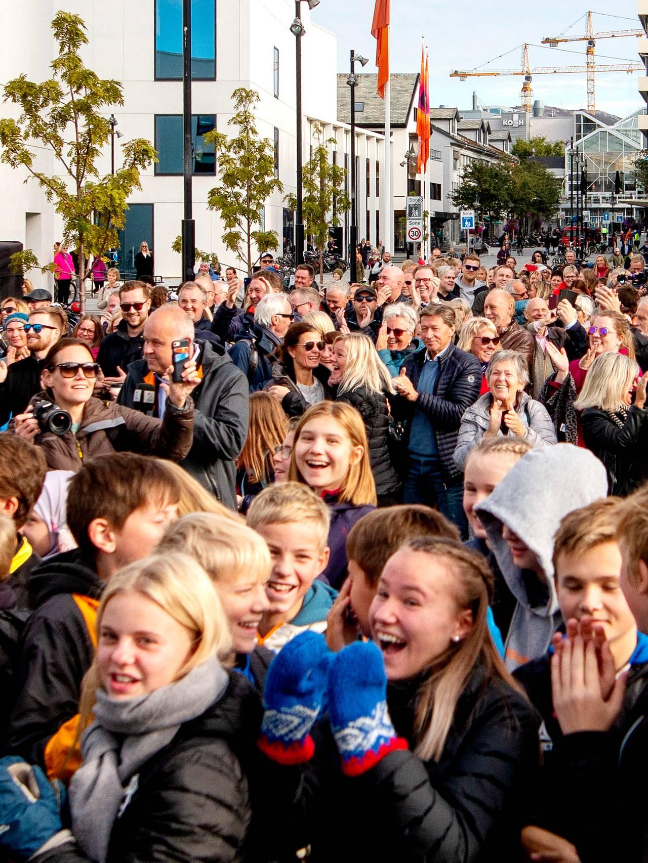 Folk i gatene jubler over at Bodø er kåret til Europeisk kulturhovedstad 2024