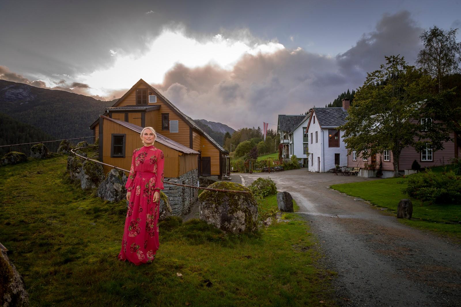 Åmot Operagard i Bygstad stod for heilt spesielle kulissar for den intime konserten med Eva Weel Skram.