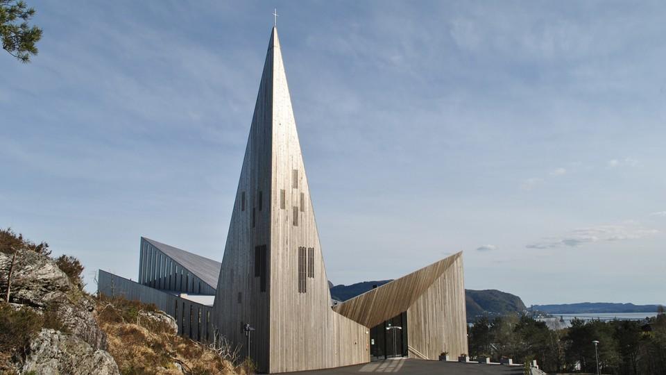 Påskedagsgudsteneste i Knarvik kyrkje