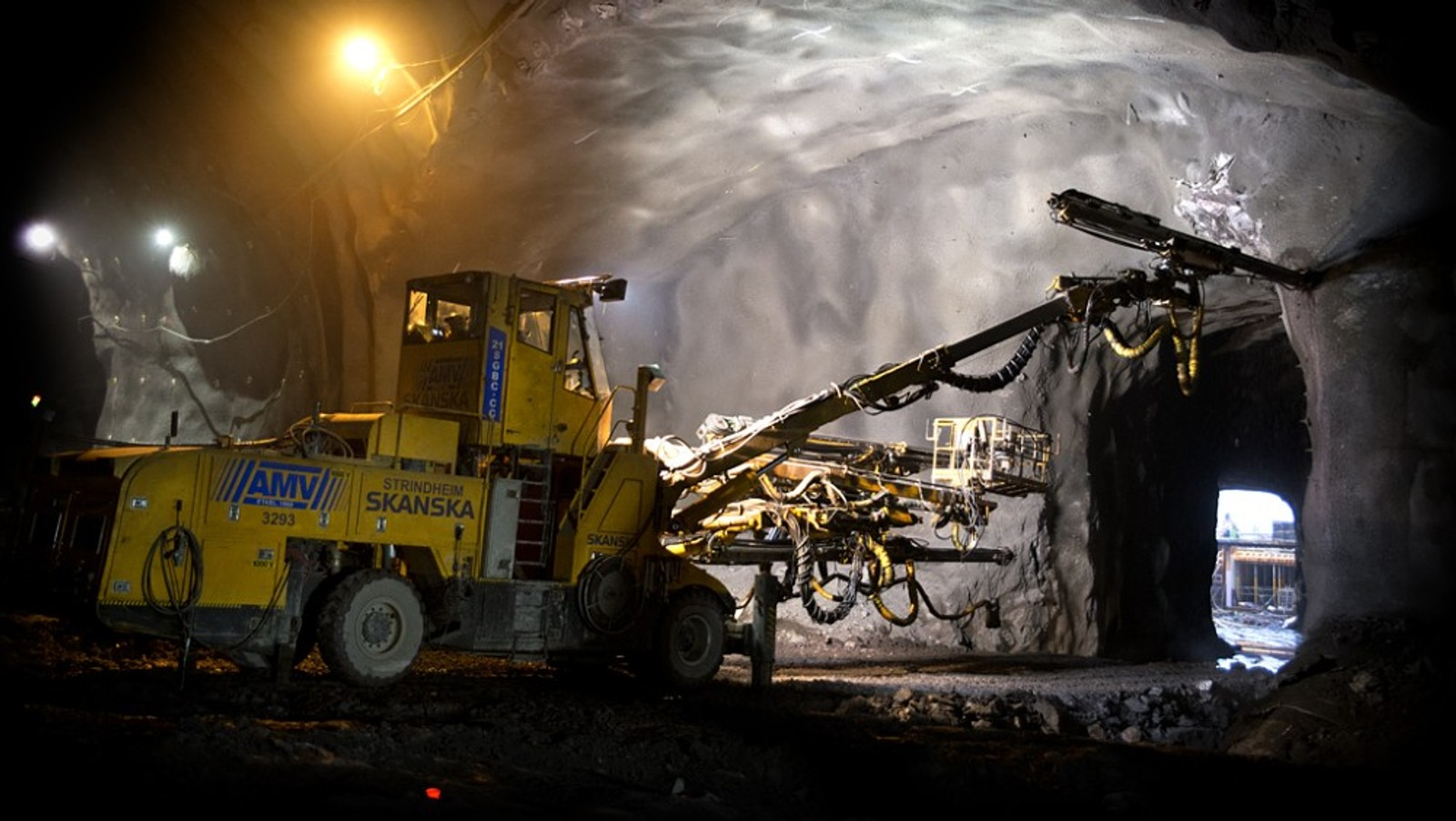 12 av 14 kilometer dobbeltspor mellom Holm og Nykirke på Vestfoldbanen går i tunnel. Tunnelen skal være ferdig høsten 2016. (arkivbilde) Foto: Anne Mette Storvik/Jernbaneverket