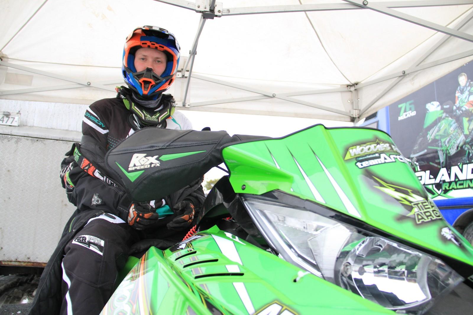 Joachim Olsen fra Karasjok som kjemper om å bli europamester i skutercross.