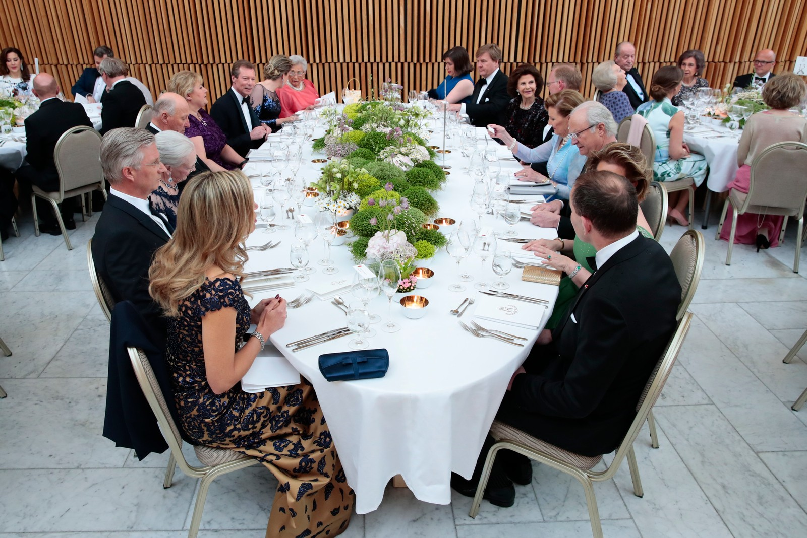 Regjeringens holder festmiddag for kongeparet i Operaen i anledning kongeparets 80-årsfeiring. POOL.