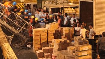 Forsyningar til tyfon-råka område, Filippinane